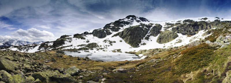 瓜达拉马山脉