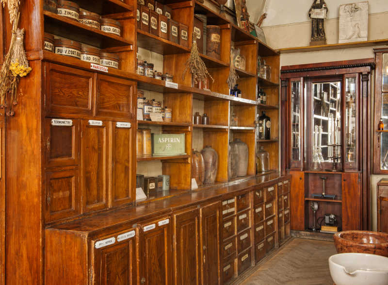 旧药房博物馆内部