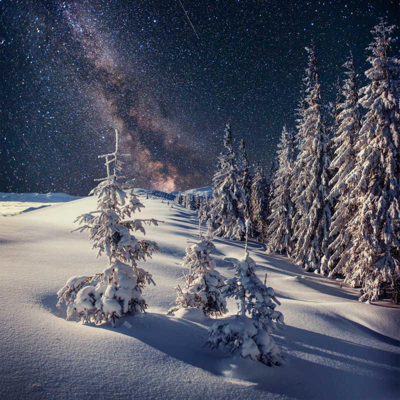 雪景与星空