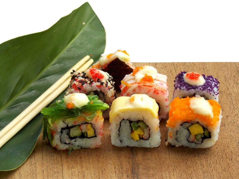 砧板上的寿司组