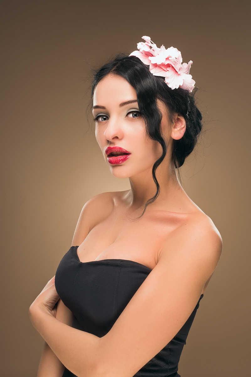 时尚风格的美女肖像