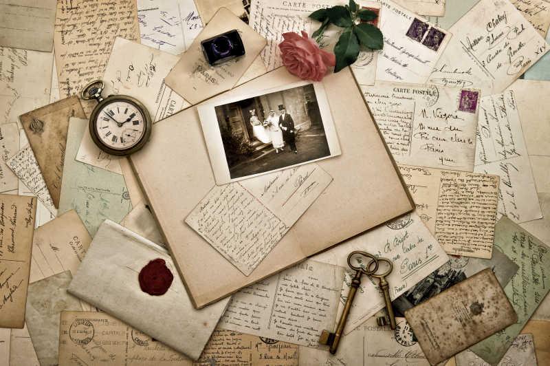 古老的照片和明信片