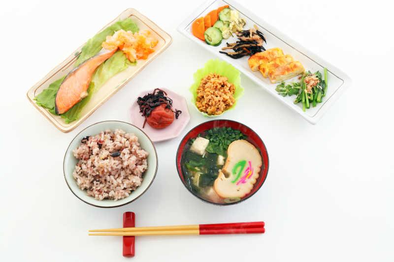 美味丰盛的日式早餐