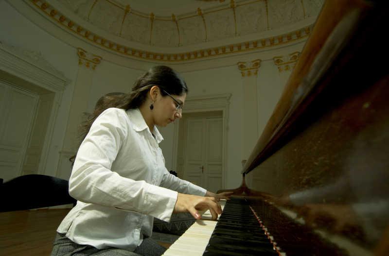 天才女钢琴演奏家
