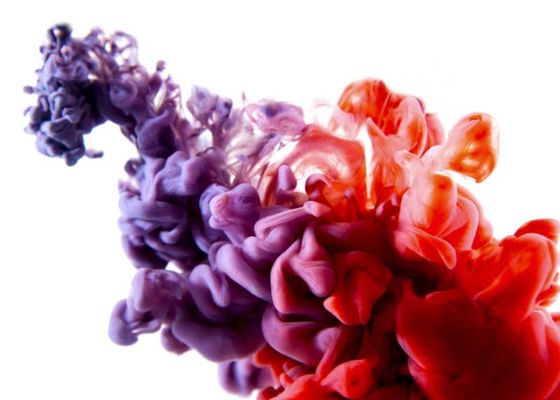 云朵一样的紫色与红色颜料