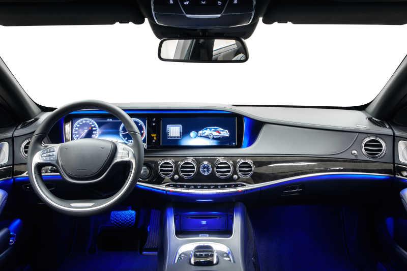 车内蓝色装饰灯