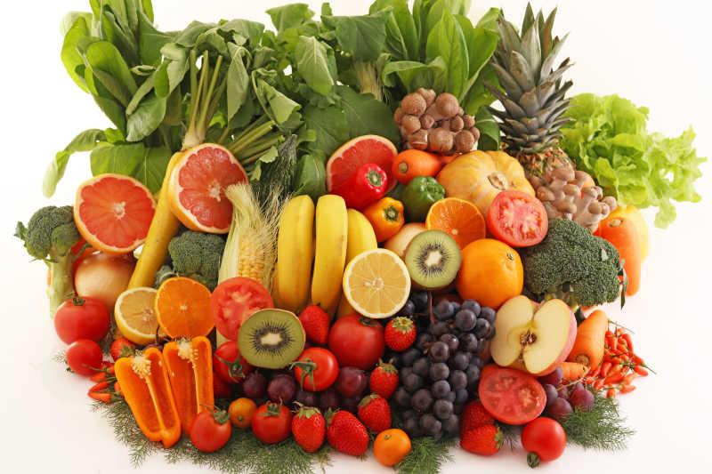 一堆新鲜的水果蔬菜