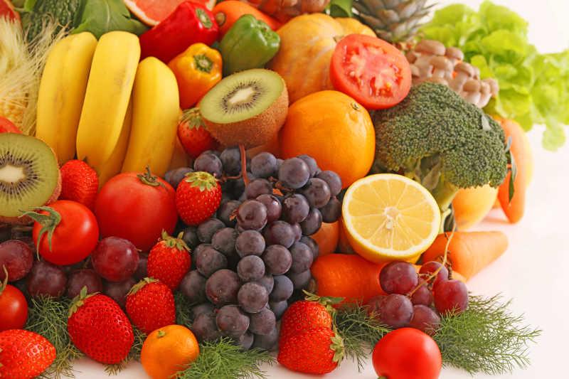 新鲜的蔬果堆