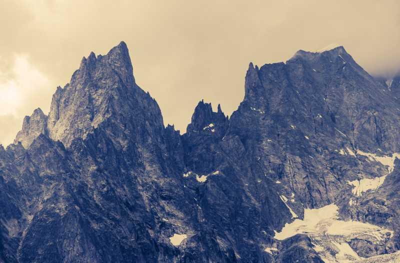 阿尔卑斯山高山山脉