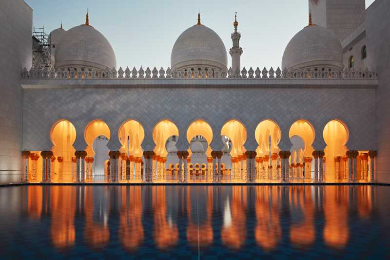 阿布扎比清真寺的吊灯