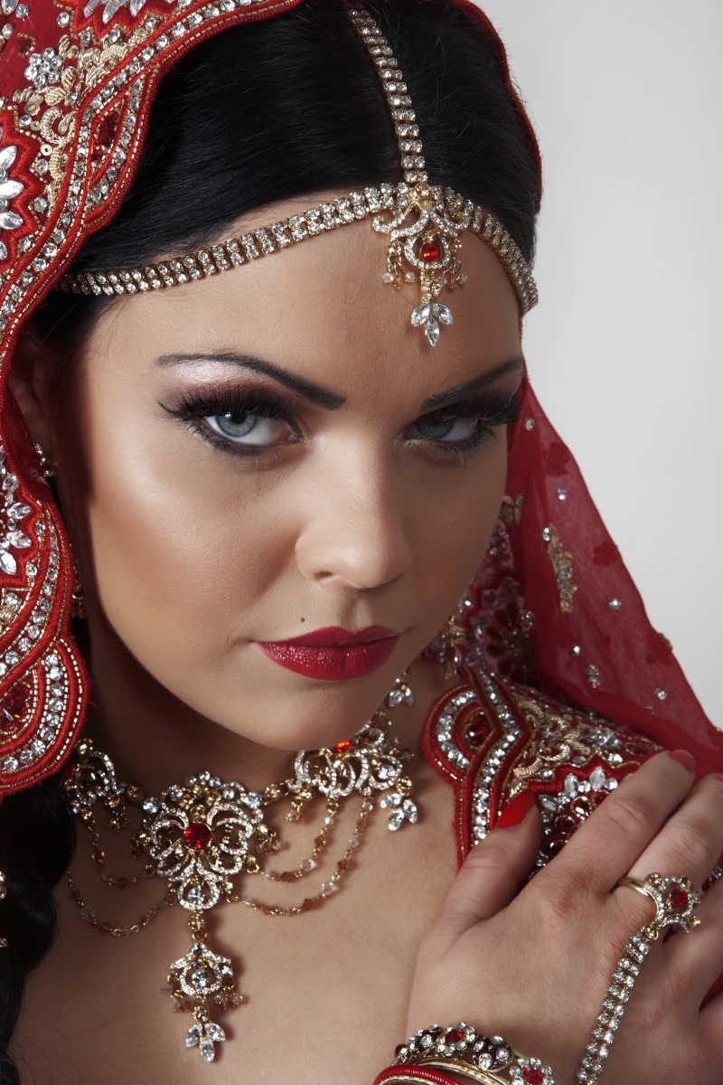 印度特色妆容的女人