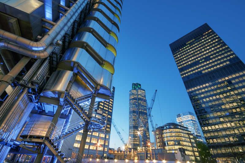 敦市的摩天大楼