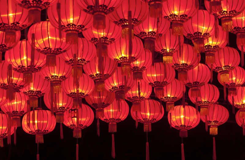 传统节日里的红灯笼