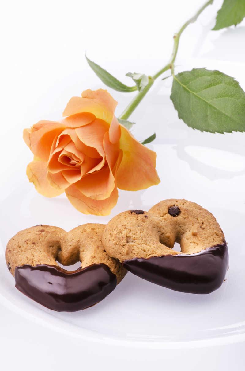 美味的心形巧克力饼干