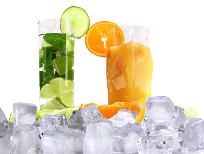 冰冻的美味果汁