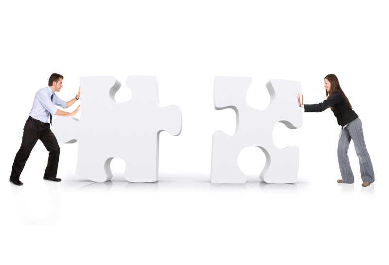 商业伙伴打造白色之谜
