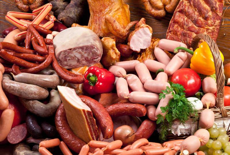 种类繁多的香肠