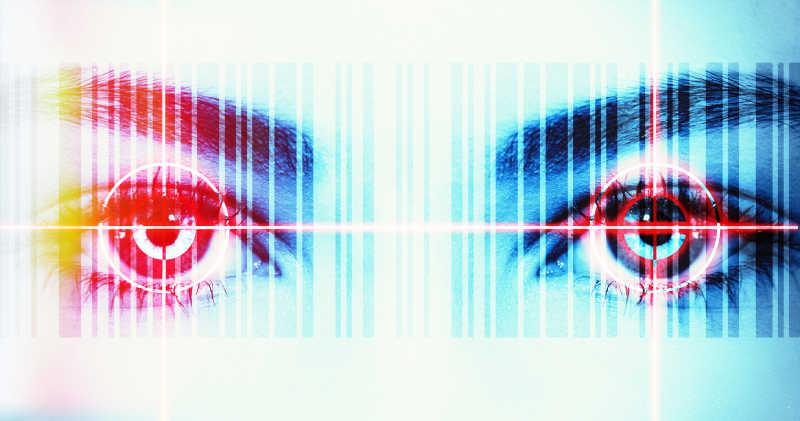 发射出激光的眼睛