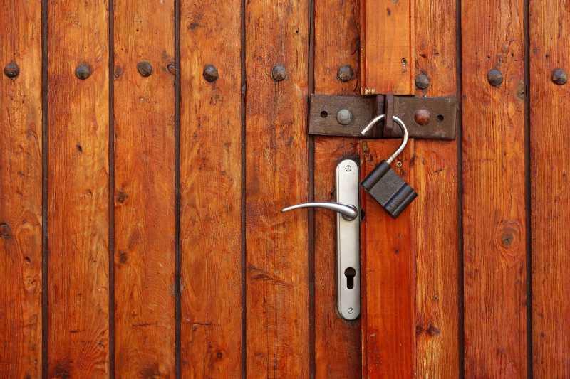 老式的门锁