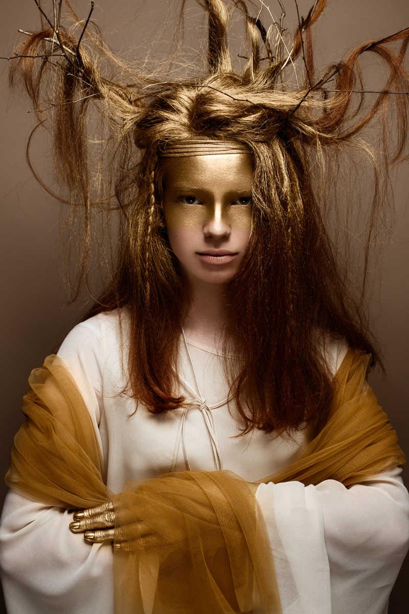 创造性化妆精致美女