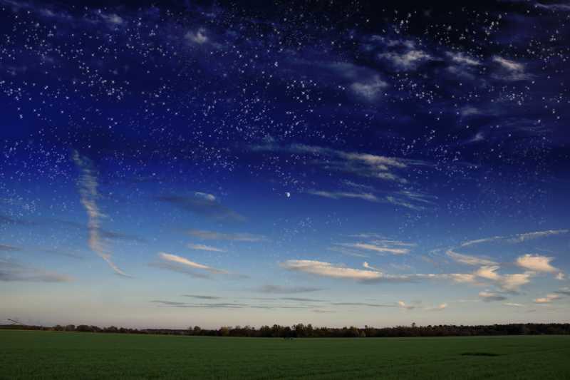夜晚的璀璨星空