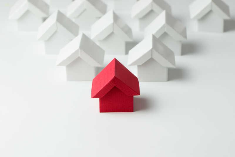 房地产行业中的红房子模型和白房子模型