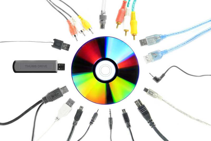 各种多媒体设备连接器和数码光盘