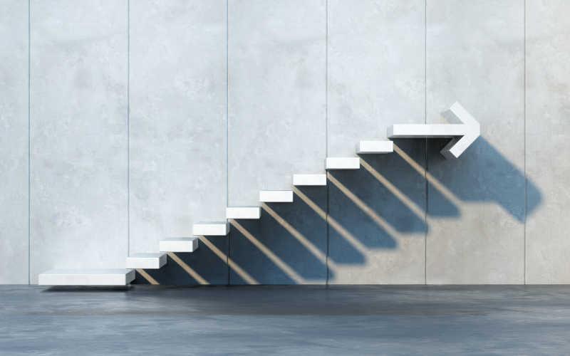 白色箭头台阶