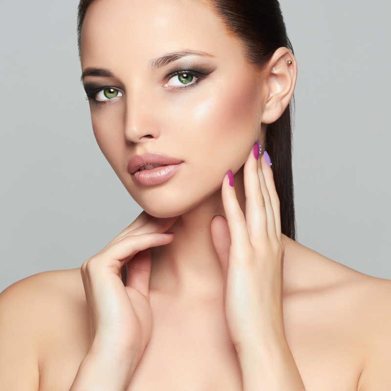 漂亮的化妆模特