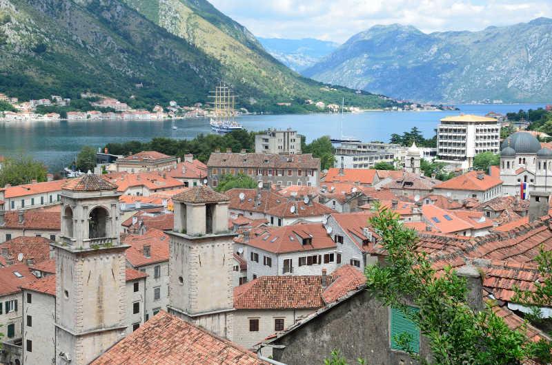 美丽的黑山城市风景