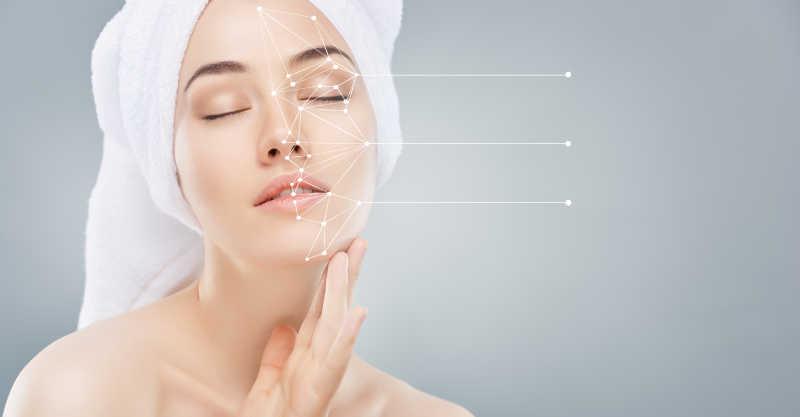 美女的皮肤护理