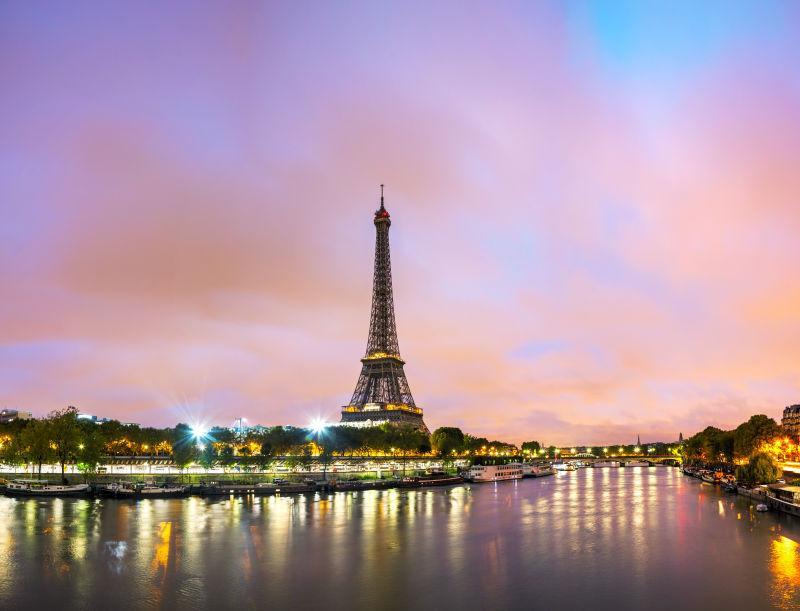 巴黎城市景观与埃菲尔铁塔