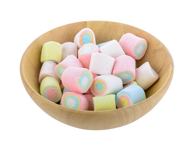 木碗里的彩色棉花糖