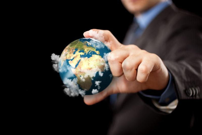 商人手里的微形地球
