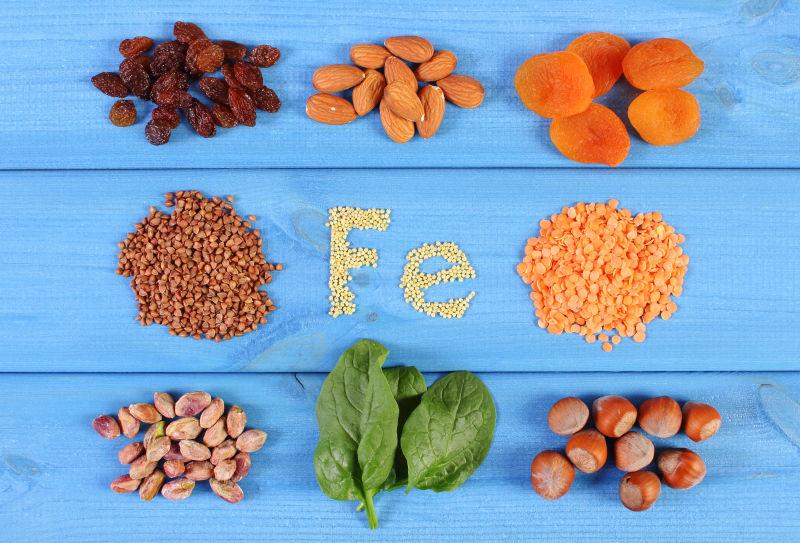 铭文Fe和多种类的健康有营养的食材