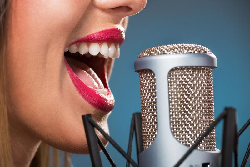 唱女人的嘴