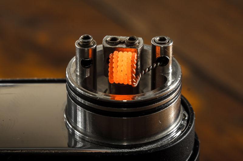 燃烧的电子烟设备