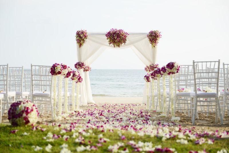 海滩上的结婚典礼
