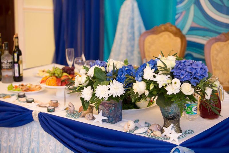 豪华的婚礼餐桌