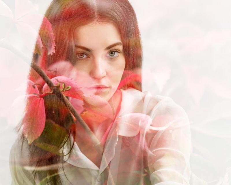 漂亮的鲜花和美丽的女孩的双重曝光