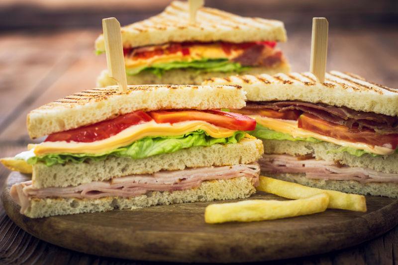 俱乐部美味的三明治