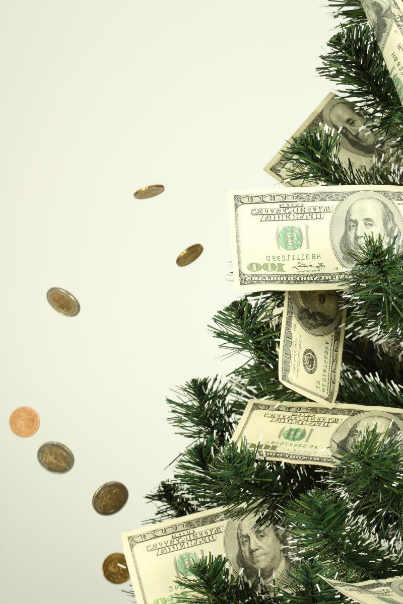 金钱与硬币在树上成长