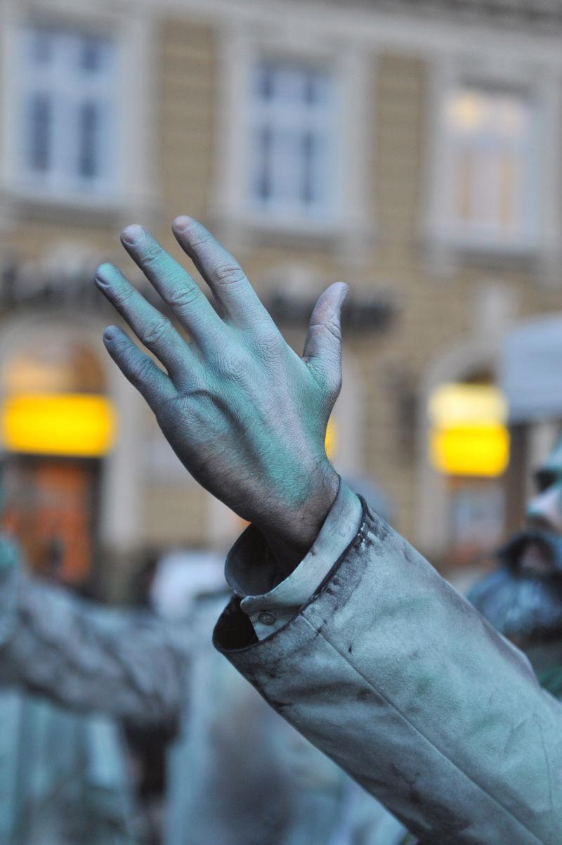 街头雕塑行为艺术家