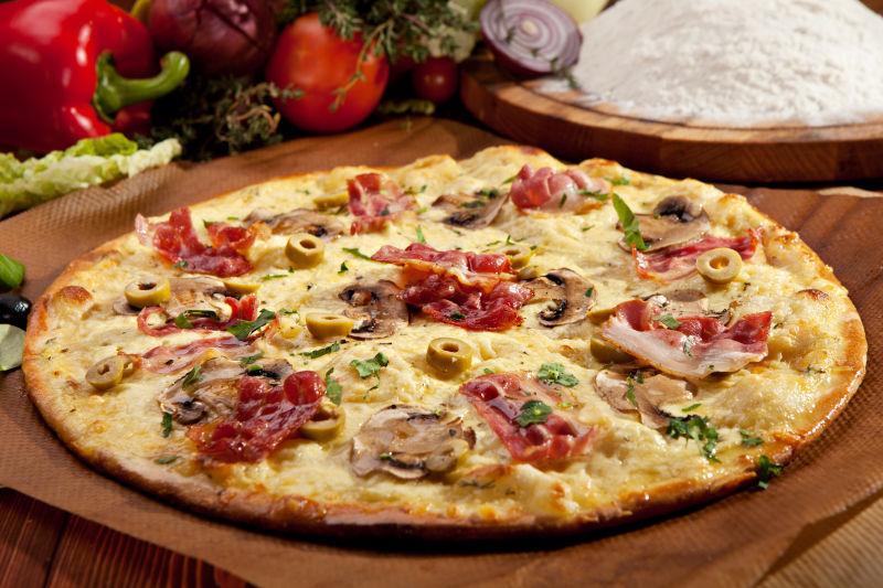 精致美味的比萨