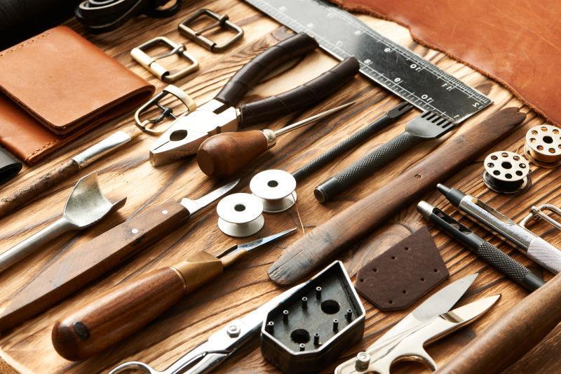 鞋匠的皮革制作工具
