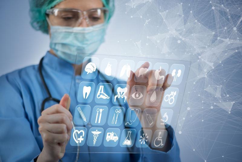 女医生使用各种医用图标