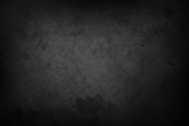 黑暗环境中的混凝土墙