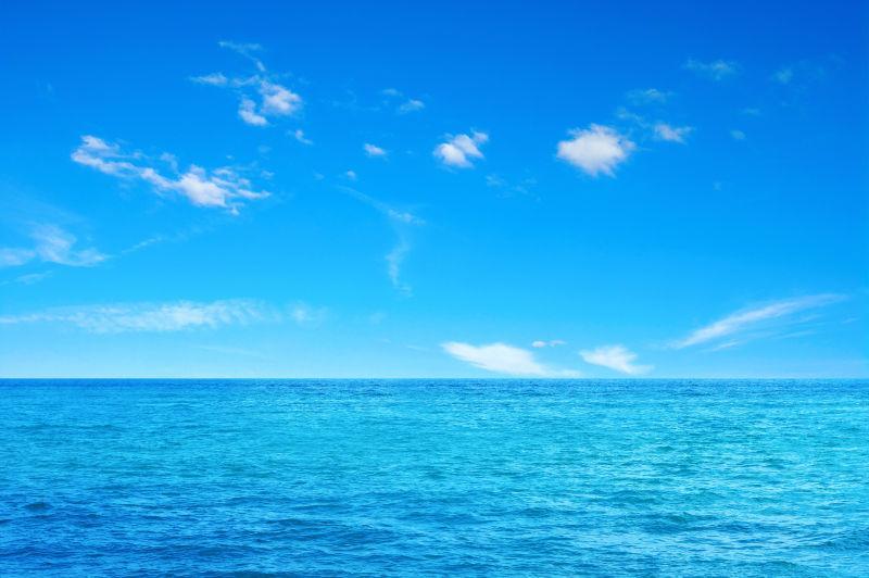 天蓝色高清背景素材_天蓝色海面图片-蓝色的大海与天空素材-高清图片-摄影照片-寻图 ...