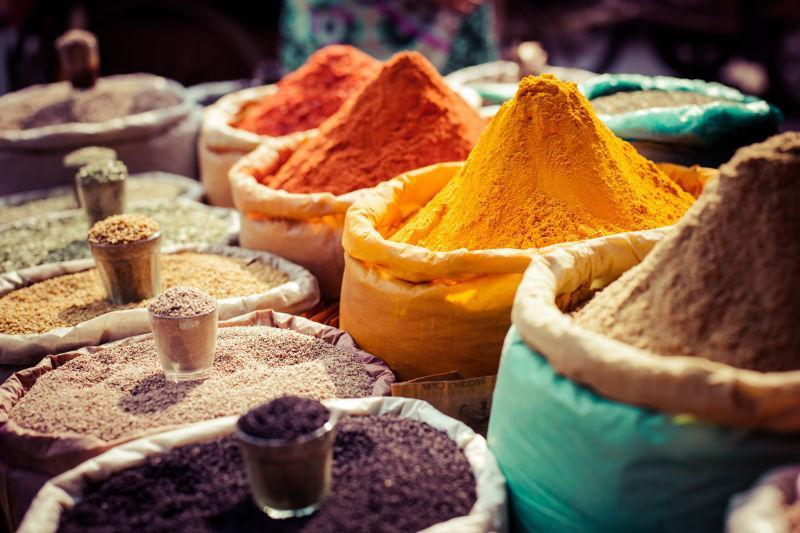 印度市场上的香料
