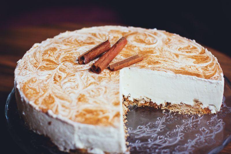 奶油蛋糕桂皮